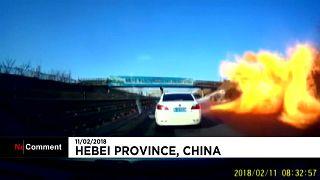 Esplode un camion pieno di gas liquido in Cina