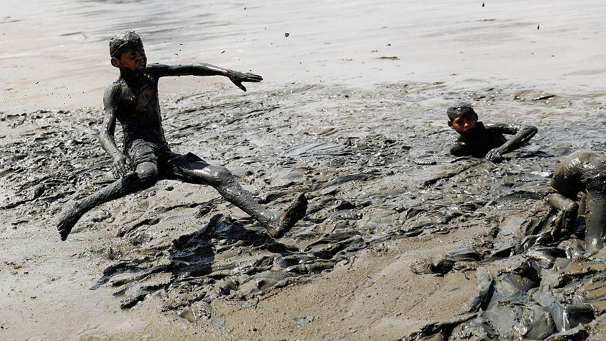 Carnaval et bain de boue