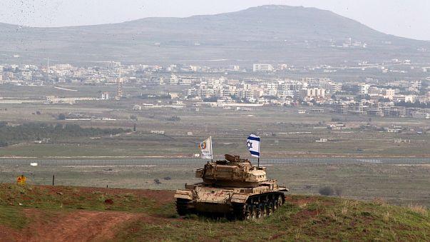 Militärfahrzeug an der Grenze zwischen Israel und Syrien