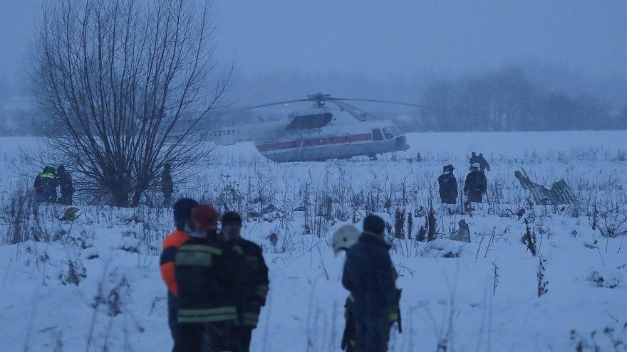 Queda de avião perto de Moscovo faz 71 mortos