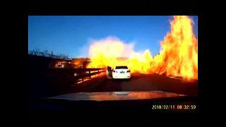 Un camión provoca un espectacular incendio en China