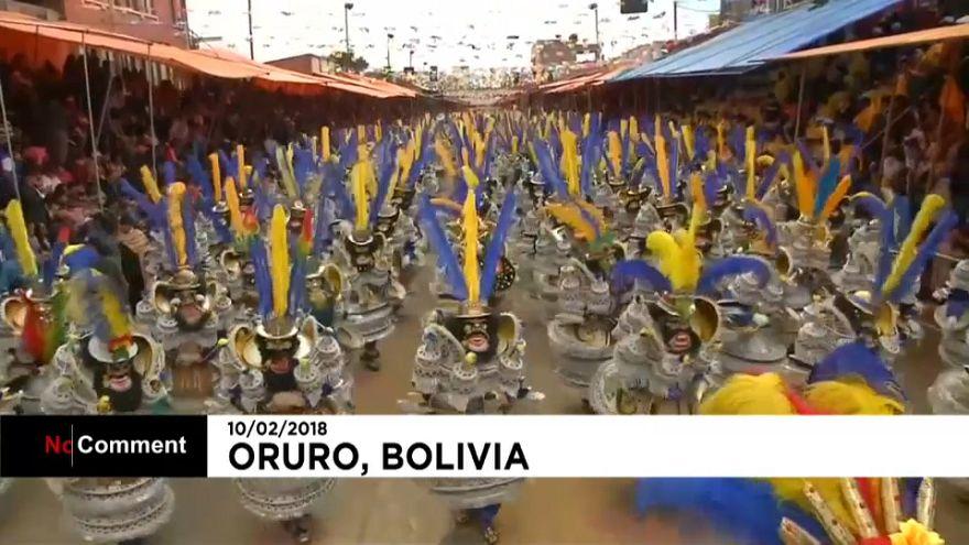 Bolivya'da karnaval coşkusu