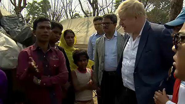 Boris Johnson: engedjék haza a rohingyákat!