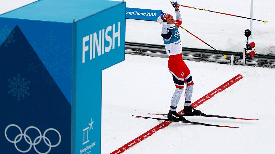 JO : la Norvège en tête des médailles grâce au skiathlon