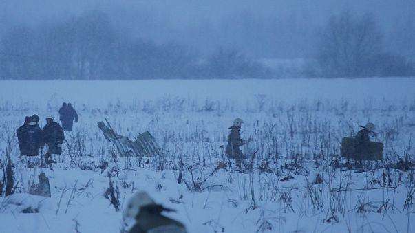 Rusya'da yolcu uçağı düştü: 71 kişi öldü