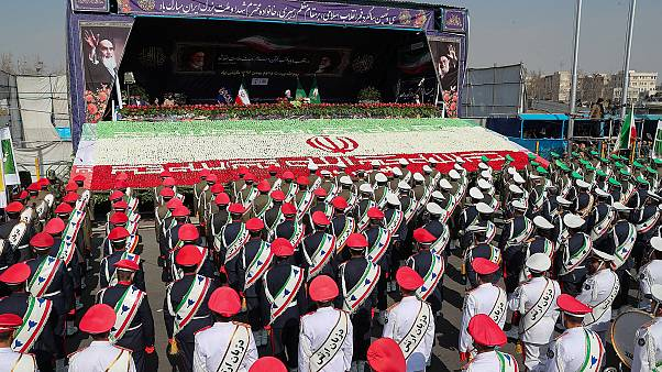 Ιράν: Λαμπρές εκδηλώσεις για την επέτειο της Ισλαμικής Επανάστασης