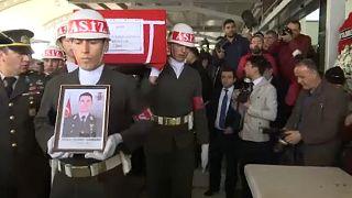 Törökország bekeményít Afrínban