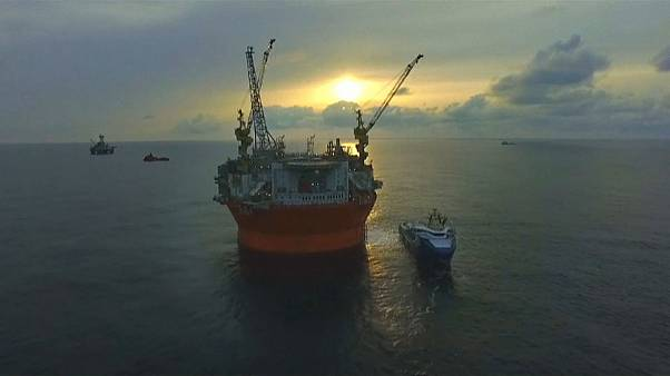 Türk savaş gemileri sondaj gemisini engelledi iddiası
