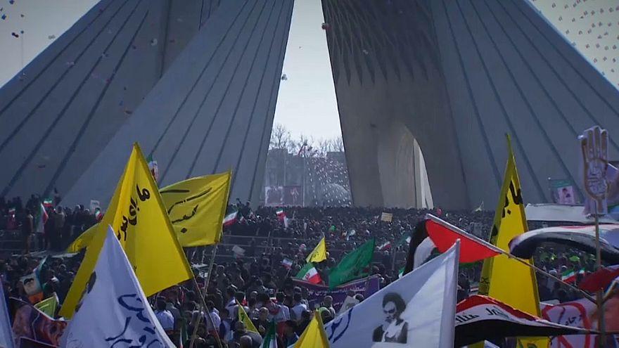 Zum 39. Jahrestag der islamischen Revolution: Rohani ruft zur Einheit auf