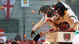 """""""Laranjada"""" de Carnaval no norte de Itália"""