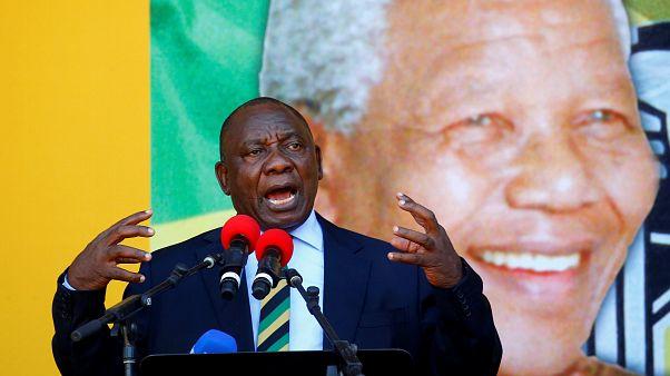 El partido de Zuma le pide que dimita como presidente sudafricano
