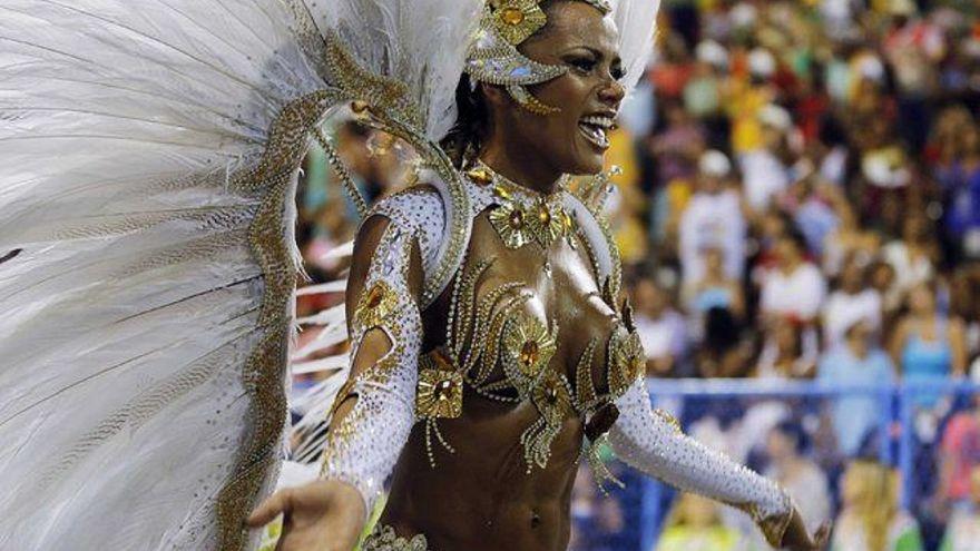 Ρίο Ντε Τζανέιρο: Σάμπα μέχρι τελικής πτώσεως