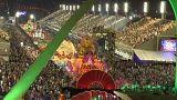Жгучая самба на карнавале в Рио