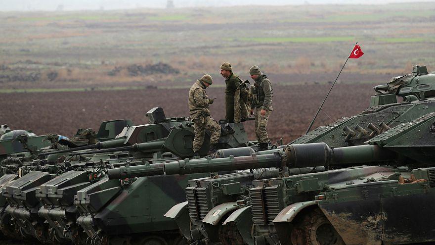 """""""Rusya, Türkiye ve ABD'yi Suriye'de karşı karşıya getirmeye çalışıyor"""""""
