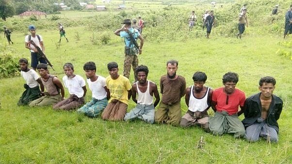 ده تن مسلمان روهینگیا در اسارت نیروهای امنیتی میانمار