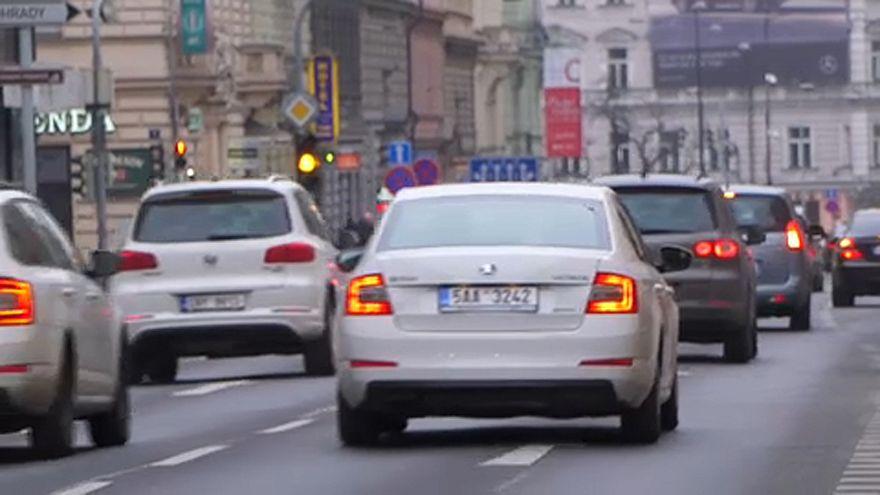 Tisztább levegőt vár Brüsszel a csehektől