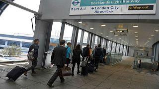 قنبلة تتسبب في إغلاق مطار لندن سيتي