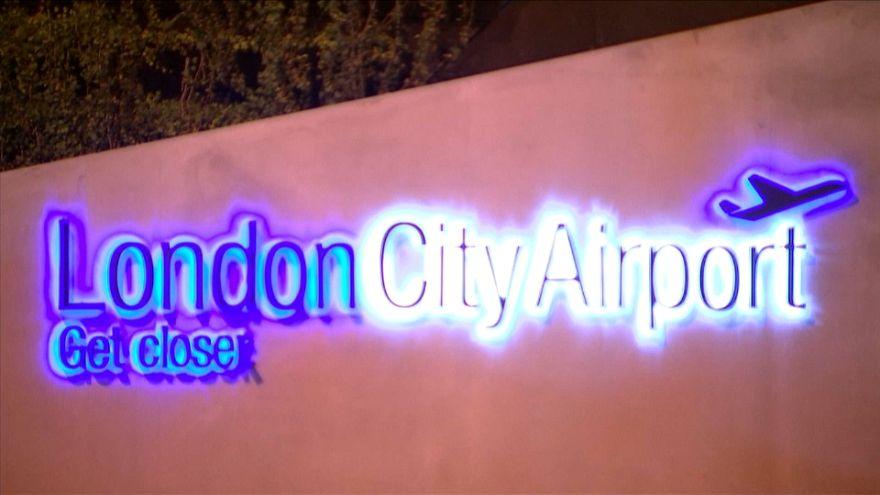 Londra: trovata bomba inesplosa della II guerra mondiale, chiuso aeroporto