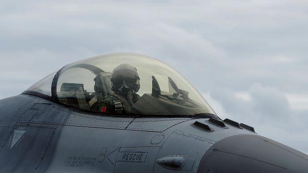 Türkiye yerli F-16 üretmek için kolları sıvıyor