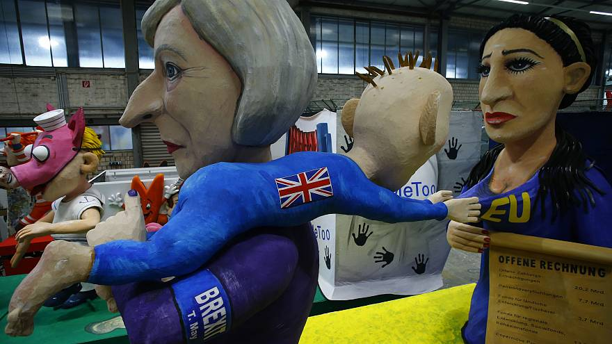 Satirical floats feature Kim Jong Un, Merkel, and Brexit at Cologne Carnival