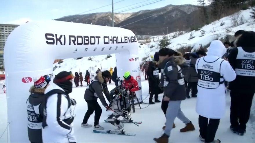 Primera competición de esquí robótico