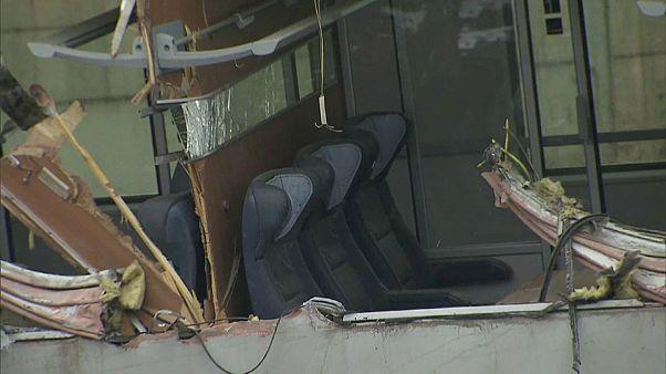 Eine Tote und mindestens 22 Verletzte bei Zugkollision in Österreich