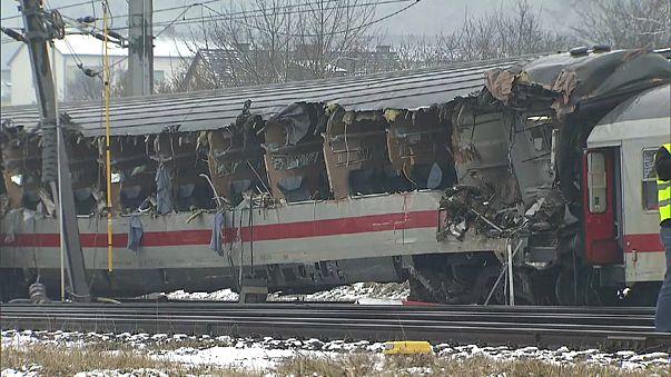 Austria: collisione treni 1 morto e 22 feriti