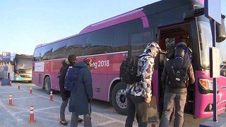 Voluntários e jornalistas queixam-se de falta de transportes em Pyeongchang