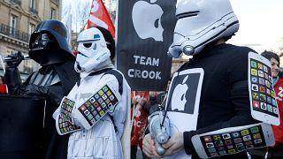 L'empire Apple contre Attac