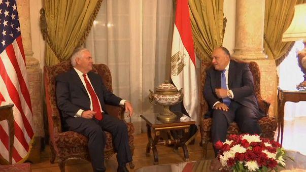 Arranca la gira de Rex Tillerson por Oriente Próximo con un espaldarazo a Al Sisi