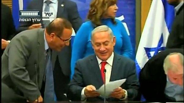 Израиль аннексирует поселения?