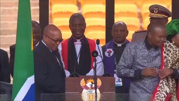 Pártja buktatja meg a dél-afrikai államfőt
