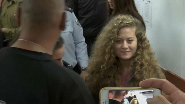 شاهد ماذا قال والد عهد التميمي لإبنته في المحكمة الإسرائيلية