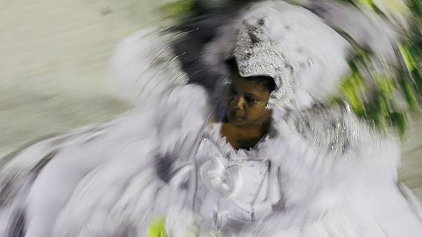 Carnaval do Rio critica desigualdade social