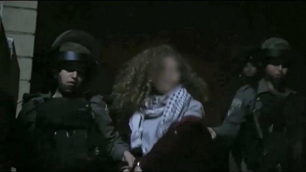 Processo al via per la ragazza palestinese che schiaffeggiò i soldati
