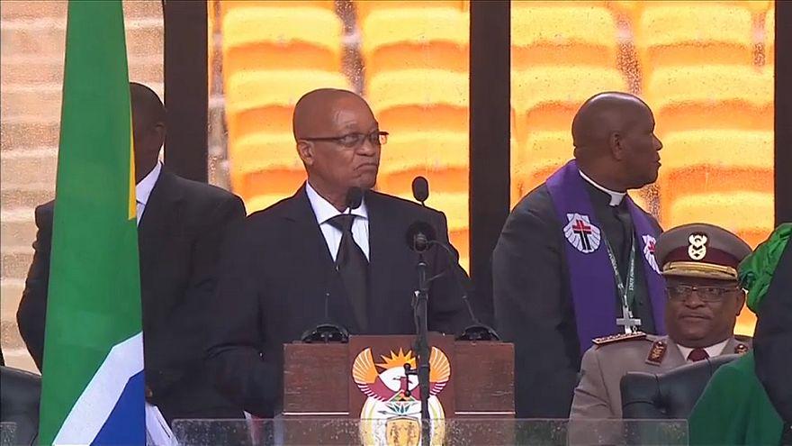 G.Afrika: Partisinden Devlet Başkanı Zuma için azil kararı