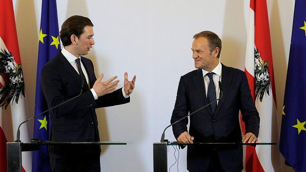 Tusk Kurz ile Viyana'da sığınmacı krizini görüştü