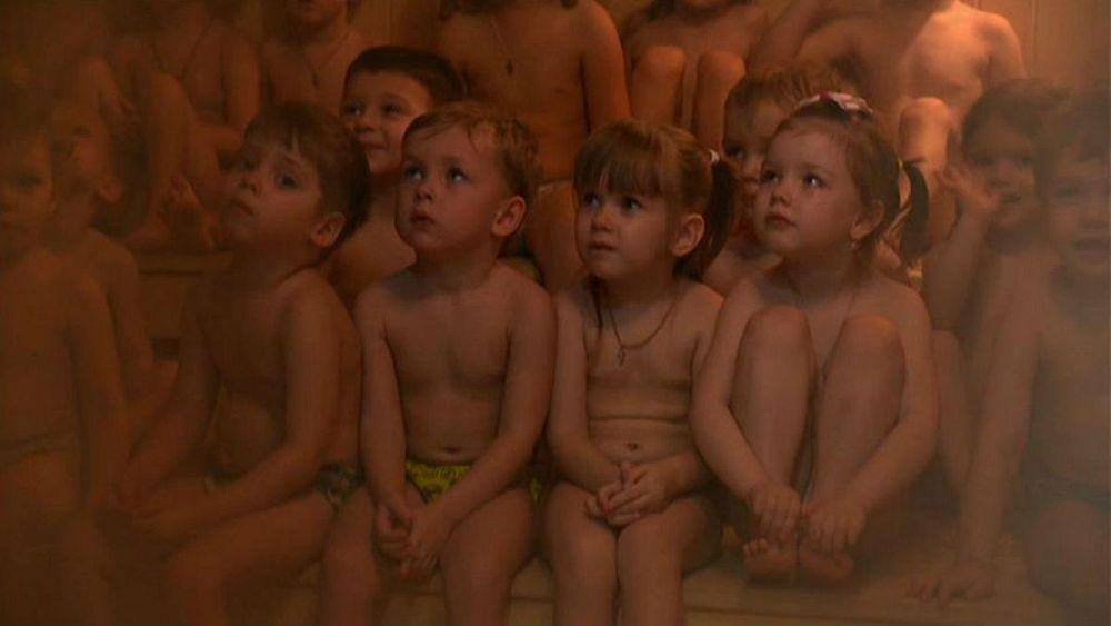 کودکان سیبری چگونه در برابر سرما مقاوم میشوند؟ | Euronews