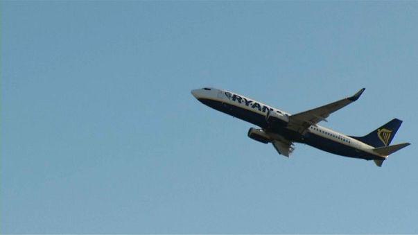 Ryanair sube el salario a los pilotos en plena negociación con el sindicato