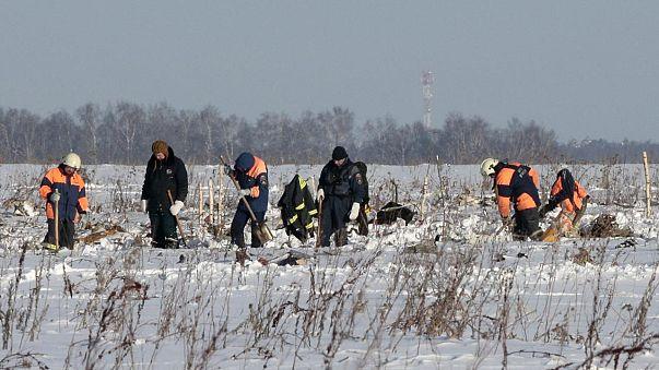 """Autoridades falam em """"falha humana"""" no acidente de aviação perto de Moscovo"""