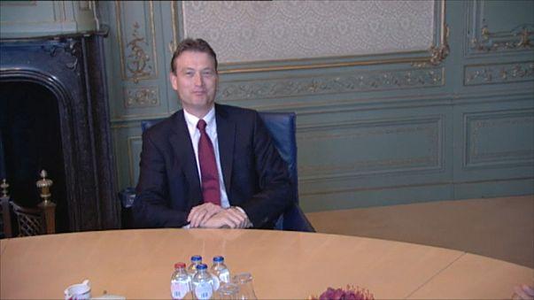 Ministro dos Negócios Estrangeiros holandês demite-se depois de admitir que mentiu