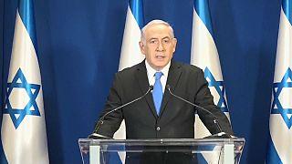 İsrail polisi Netanyahu'ya rüşvet davası açılması tavsiyesinde bulundu