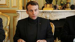 ماکرون: اگر شواهد حمله شیمیایی یافت شود فرانسه به سوریه حمله می کند