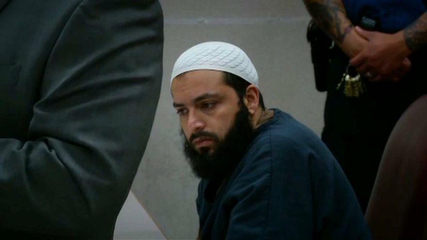 Rahimi recebeu duas condenações a prisão perpétua.