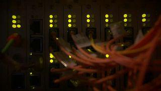 Több orosz internetes támadás várható