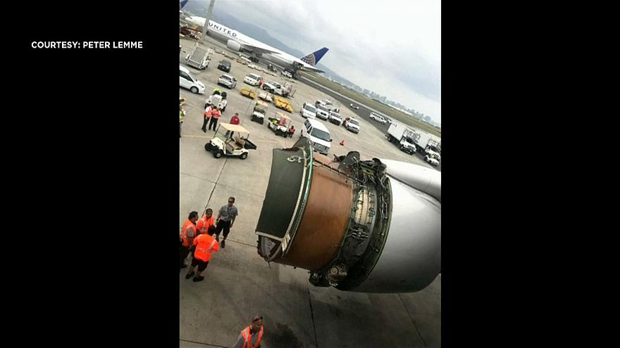 'Brace!': passenger films United Airlines emergency landing