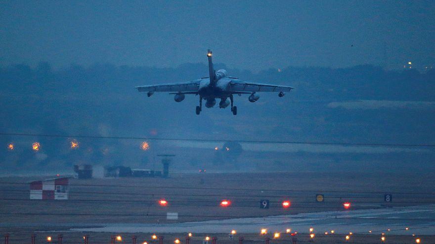 تدمير دبابة ومقتل روس في ضربات جوية أمريكية بسوريا