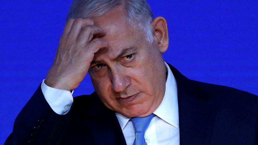 ماذا ينتظر نتانياهو بعد توصية الشرطة بإدانته بتهم فساد؟