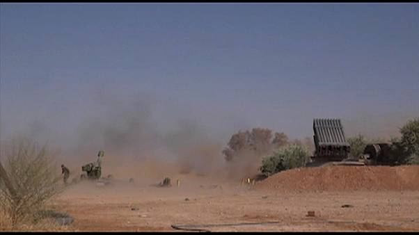 Ataque teve lugar na região petrolífera de Deir Ezzor.