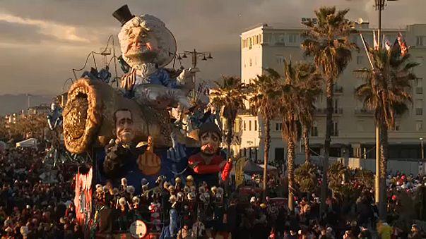 Szatirikus karnevál Viareggióban